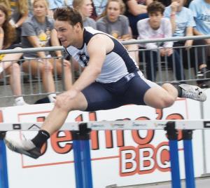 Bedford-Eli-Morris-hurdles