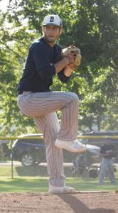 Brennan-Sefrit-pitching