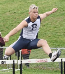 Josh-Niehart-4x200-shuttle-hurdle-relay