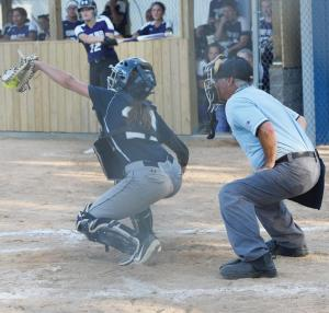 Vivian-Tracy-at-catcher-2