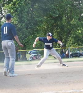 bb-prkins-throwing-ball