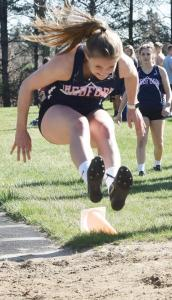 bedford-girls-track-vivian-tracy-long-jump