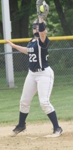 sb-Jayden-Bucher-catching-a-ball--at-second