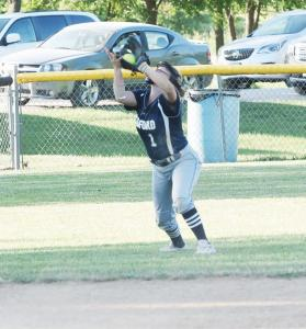 sb-leslie-sheley-catching-ball