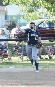 sb-leslie-sheley-throwing-to-first