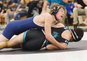 wrestling-Terence-Sheley-138-1st-match